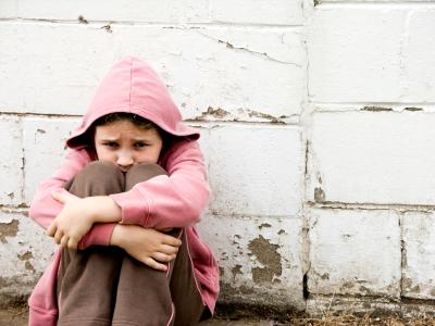 Little girl abandoned